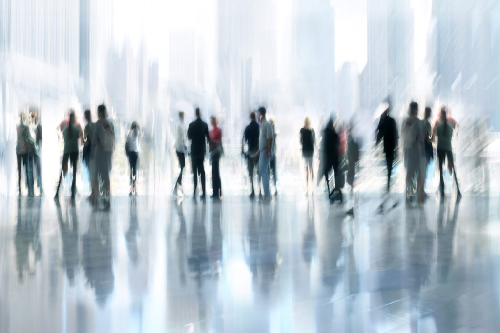 Malleri av mange mennesker i en storby